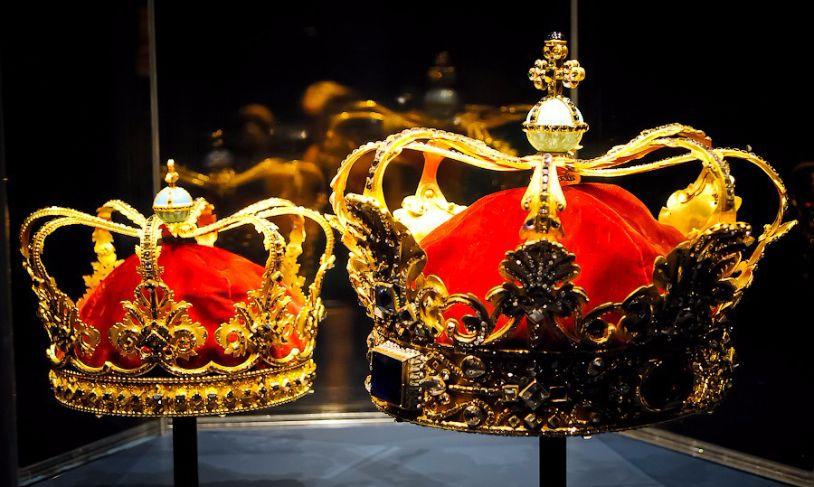 Թագավորական թագ
