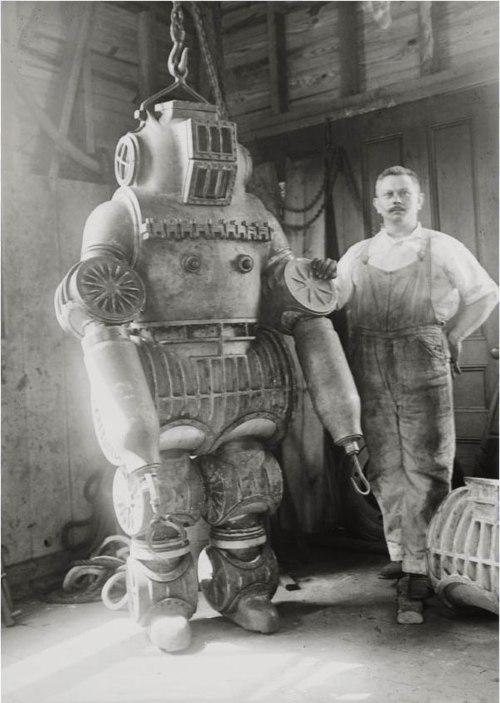 250-килограммовый водолазный костюм, 1911 г