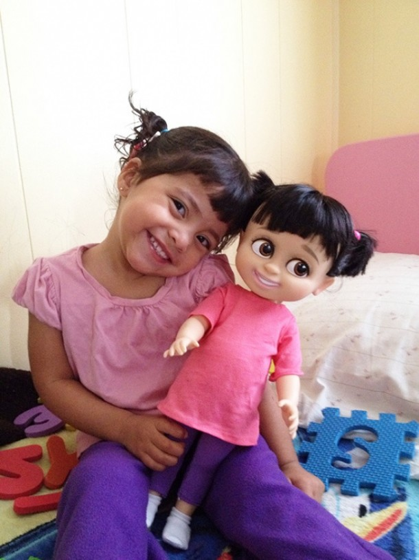 17550660-R3L8T8D-650-babies-and-look-alike-dolls-17__605