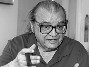 Author Mario Puzo talks during an interview in a New York City hotel on July 25, 1996. (AP Photo/Marty Lederhandler)