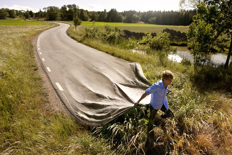 impossible-photo-manipulation-image-editing-long-road