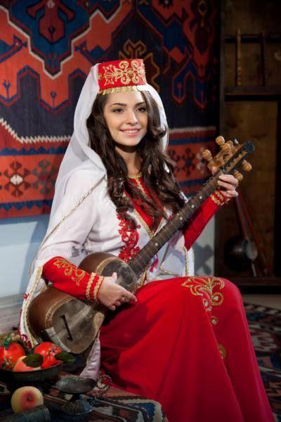 armenian-hayuhi-yerevanstyle